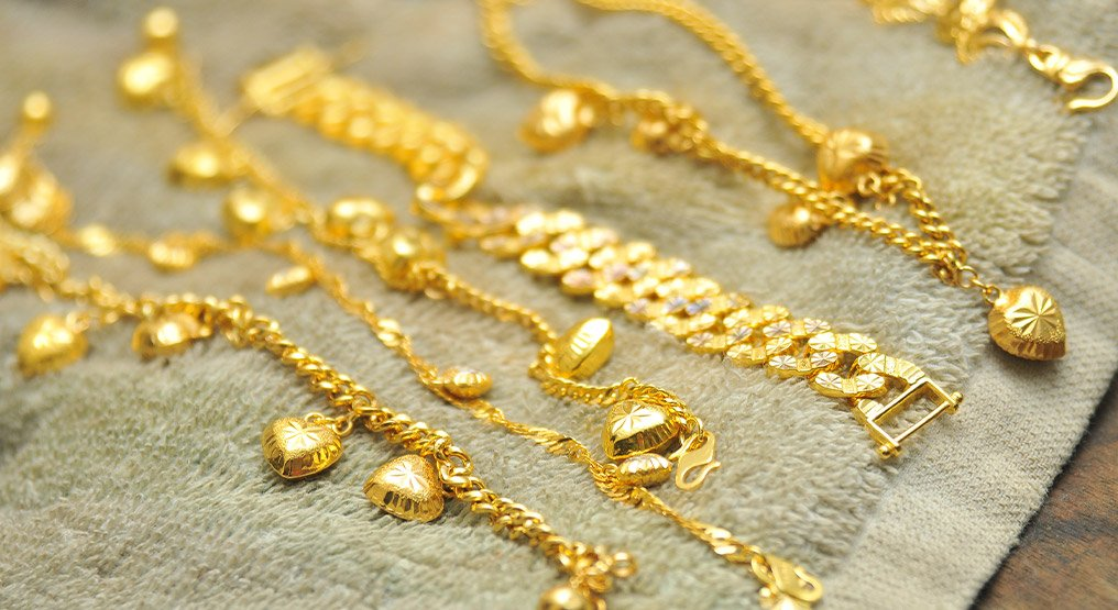 gold cleaning - how to care for gold